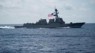 الصين تتهم سفينة حربية  أميركية بانتهاك سيادتها
