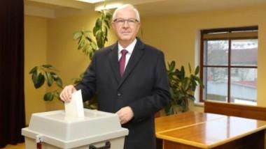 يوم ثانٍ من الانتخابات الرئاسية في تشيكيا