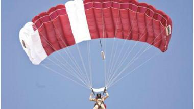 تخرّج متدربي دورة القفز المظلي الأساسية الأولى