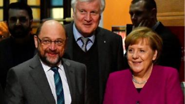 ميركل تخوض آخر مفاوضات تشكيل ائتلاف مع الاشتراكيين الديموقراطيين