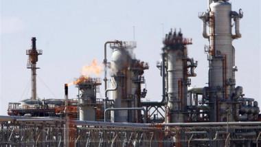 سوناطراك تستثمر 56 بليون دولار في قطاع النفط