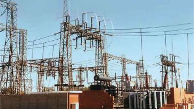 «الكهرباء» تمنح الأولوية لتجهيز محطات تصريف المياه بالطاقة