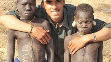 مغربي يقوم برحلة لخمسة  وعشرين بلداً على دراجة