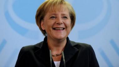 ميركل تؤكد استعدادها للقيام «بتنازلات مؤلمة» لتشكيل حكومة