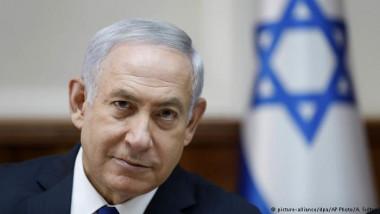 نتانياهو يؤكد أن حكومته «مستقرة»  برغم توصيات الشرطة باتهامه بالفساد