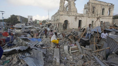 38 قتيلا في تفجيرين بمقديشو