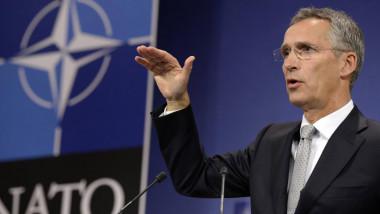 الإبقاء على قوّات الناتو في العراق بطلب من الحكومة
