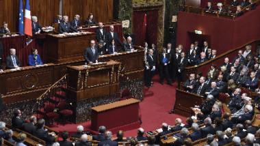 البرلمان الفرنسي يبحث خروج بلاده من حلف الناتو