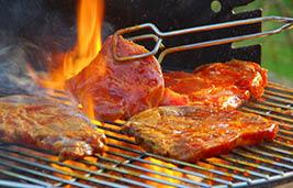 اللحوم المشوية تزيد من مستويات ضغط الدم