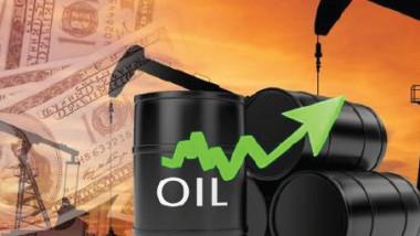 تعطل إمدادات ليبية يرفع أسعار النفط