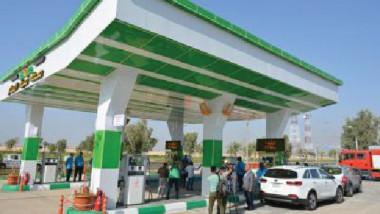 عمال محطات تعبئة الوقود معرضون للإصابة بـ«السرطان»