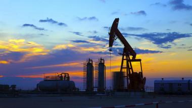 5.7 مليون برميل مخزونات النفط الأميركية