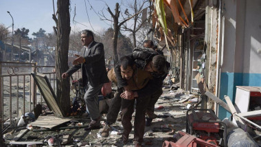 54 قتيلا وأكثر من 100 جريح بتفجيرين في أفغانستان