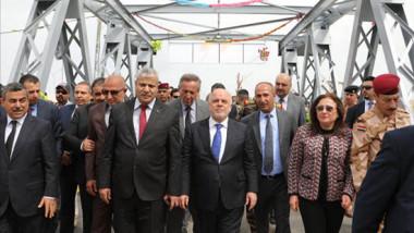"""""""الجسر العتيق"""" يعجّل بوتيرة عودة أصحاب المهن والأهالي لأيمن الموصل"""