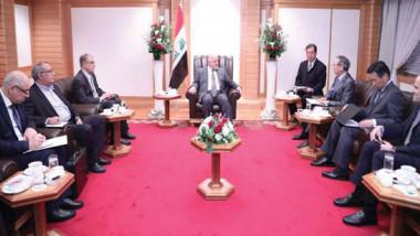 العبادي يبحث مع «تويوتا» زيادة إنتاج الكهرباء في العراق
