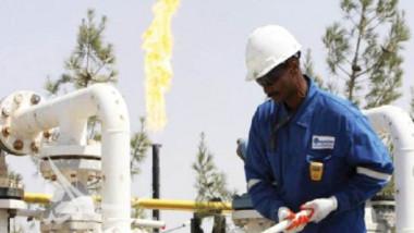 «النفط» تتعاقد مع «بيكر هيوز» لاستثمار الغاز بحقلي الناصرية والغراف