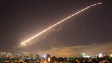 ضربات عسكرية أميركية بريطانية فرنسية تستهدف مواقع في سوريا