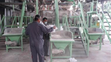 «الفرات» تسوّق مبيد «الكيموباف» المنتج في مصنع الطارق