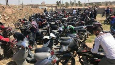 مطالبات بتقنين حركة الدراجات النارية بالموصل عقب منعها