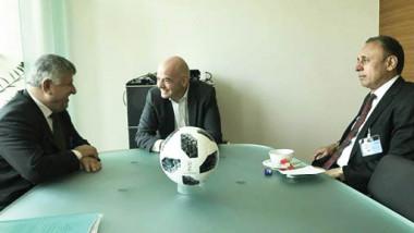 «فيفا» يحتج على التدخلات في عمل اتحاد الكرة العراقي