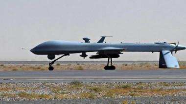 الصين تحطم الرقم القياسي بإطلاق 1374 طائرة من دون طيار