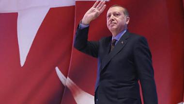 انتخابات مفاجئة وتوغلات في سوريا..  التحديات التي تواجه تركيا ومخاطرها