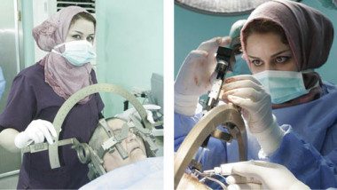 تكريم أول طبيبة عراقية كأصغر طبيبة لتخصص جراحة الدماغ والعمود الفقري في العالم العربي