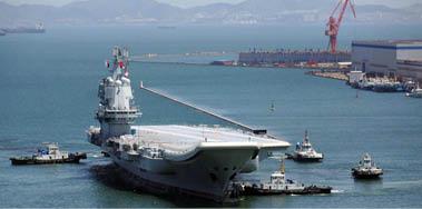 قاذفات قنابل صينية تهبط للمرة الأولى في جزيرة ببحرها الجنوبي