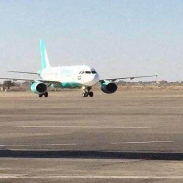 أول طائرة روسية تحط في بغداد منذ 15 عاماً