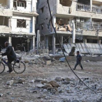 الأمم المتحدة تتهم طرفي الصراع في سوريا بارتكاب جرائم حرب