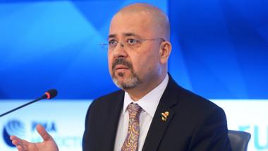 العراق يعلن حجم التبادل التجاري مع روسيا وموقفه من عقودها النفطية مع الاقليم