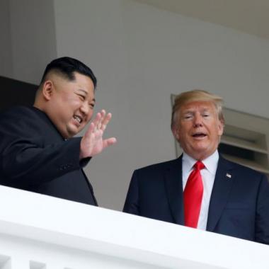 ترامب يعتزم رفع العقوبات عن كوريا الشمالية