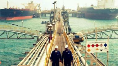تصدير أول شحنة من النفط الخام بالناقلات العراقية