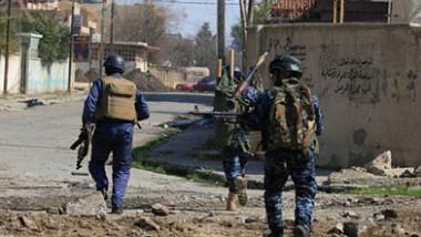 عمليات نينوى تقتل 5 إرهابيين وتعتقل مدير الاتصالات في داعش بعد عمليات دهم وتفتيش واسعة جنوبي المحافظة