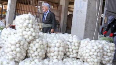 مزارعو محافظات كردستان يبحثون عن أسواق لتسويق محاصيلهم الموسمية الوفيرة