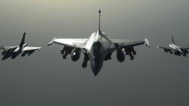 مقتل 4 مدنيين بقصف طائرات التحالف بريف الحسكة