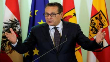 النمسا تدعو إلى رفع العقوبات عن روسيا