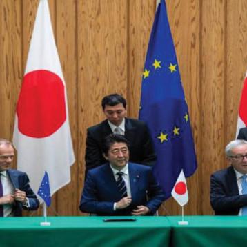 الاتحاد الأوروبي واليابان يوقّعان اتفاقا طموحا للتبادل الحر