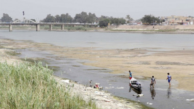الخارجية: إيران قطعت 42 نهراً تصب في العراق من دون سابق إنذار