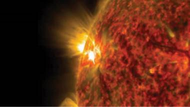 علماء: الشمس تشهد أمراً غريباً جداً