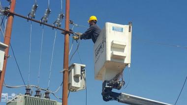 غرامة 100 مليون دينار للمتجاوزين على الشبكات الكهربائية