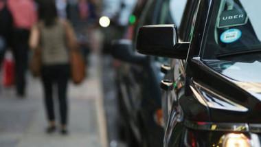 نيويورك تتجه لفرض ضوابط لخدمات الأجرة عبر الهواتف الذكية
