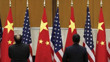 واشنطن وبكين تدخلان في «أكبر حرب تجارية» في التاريخ الاقتصادي