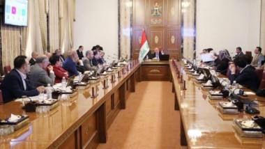 مجلس الوزراء يشكل خلية حكومية لإنهاء ازمة البصرة ويخصص مبالغ لعودة النازحين