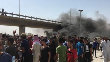 التظاهرات تستمر وإحتجاجات عند منفذ سفوان الحدودي مع الكويت