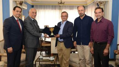 «الأولمبية» تبحث مع السفير الإسباني تفعيل اتفاقية الجانب الرياضي