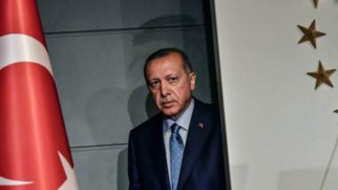 أردوغان يحذّر واشنطن ويهدد بالبحث عن «أصدقاء وحلفاء جدد» لبلاده