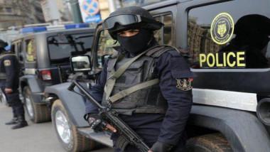 الأمن المصري يقتل 6 يشتبه في أنهم متشددون في مداهمة قرب القاهرة