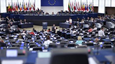 اليونان تحذر من خروج بريطانيا من الاتحاد الأوروبي دون صفقة