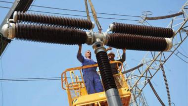 خبراء: الحكومات سخرت لوزارة الكهرباء أموالا وملاكات تكفي لتجهيز العراق بضعف حاجته